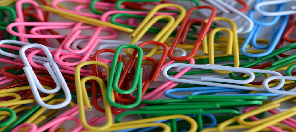 paper-clips-1005-by-450